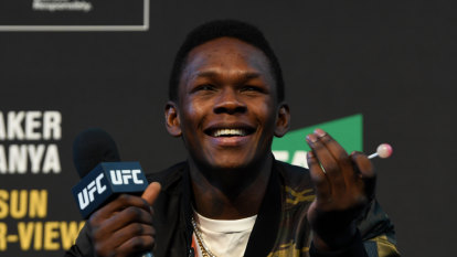 Hostile reception a sign of things to come for Adesanya at UFC 243?