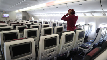 A Qatar Airways staff member is one of eight airline crew who have tested positive to coronavirus in Melbourne over the past fortnight.