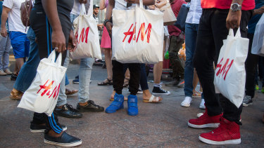 Fast-fashion brand H&M is offering customers vouchers if they return textiles for recycling.