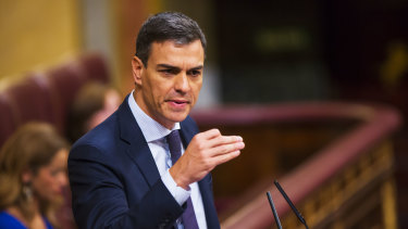 Pedro Sanchez, leader of the Spanish Socialist Party (PSOE), gestures as he speaks during a no-confidence motion vote in Madrid on Friday.