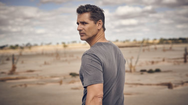 Eric Bana as the Australian Federal Police detective who returns to his home town to investigate an apparent murder-suicide in The Dry.