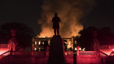 Flames engulf the 200-year-old National Museum of Brazil, in Rio de Janeiro, on Sunday.