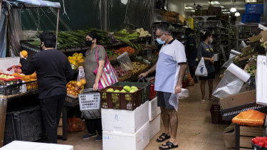 Singapore has seen an outbreak of coronavirus victims centering around its migrant workers.