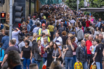 A very different picture: Shoppers pictured in Melbourne's CBD during last year's Christmas shopping rush.