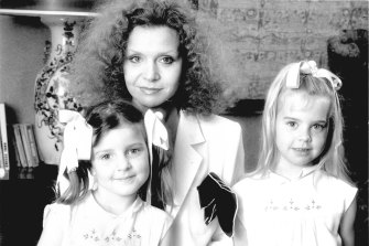 Zampatti with her daughters, Allegra and Bianca, in the early 1980s. Bianca (Spender) is now a successful designer herself.