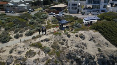 Police have set up on the corner of Marine parade and Beach Street in Cottesloe.