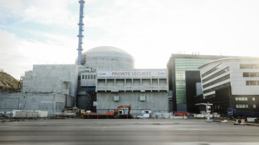 Electricite de France has closed nuclear reactors because the Garonne river water is too hot to cool power plants down.
