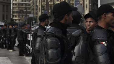 Security forces close off a street near the Egyptian Press Syndicate during a protest by journalists in 2016 in Cairo. The Supreme Media Regulatory Council has put into effect tighter restrictions that allow the state to block websites and social media accounts if deemed a threat to national security.