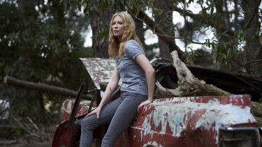 Emma Booth is Kate in Glitch.