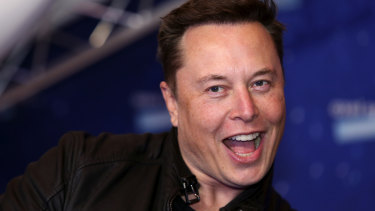 Elon Musk has half a million reasons to smile at the end of 2020.