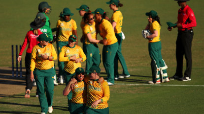 SA sports body suspends embattled Cricket South Africa board