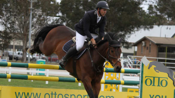 Show jumper Stephen Dingwall keen to deny competitor $50,000 pay day