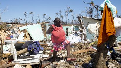 Hurricane Humberto strengthens near Bermuda