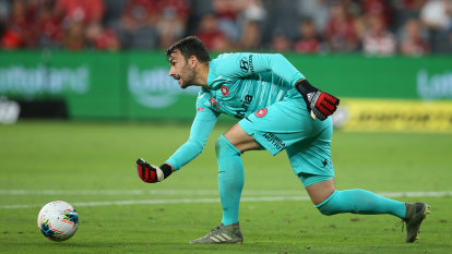 Wanderers suffer blow to finals hopes with loss of goalkeeper