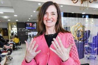 Yael Schwartz loved getting a manicure on Monday.