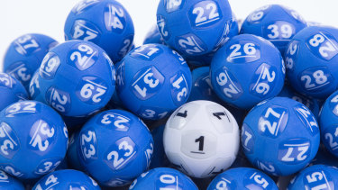 A rolling series of lotteries may be a way to encourage people to get vaccinated.