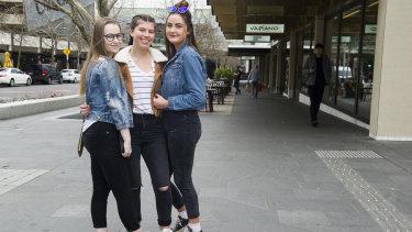 Jasmyn Beauman, 17, of Goulburn, Eliza Kristan, 15, of Canberra, and Tilly Kelly, 17, of Goulburn.