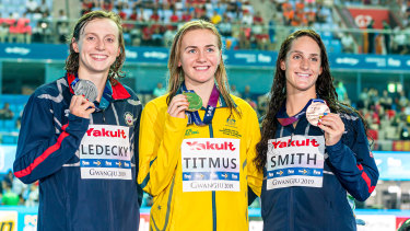Ariarne Titmus (centre) took the prized scalp of Katie Ledecky (left) at the 2019 world championships.