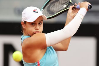 2019 French Open winner Ashleigh Barty is likely to face defending champion and tournament favourite Iga Swiatek in the semi-finals.