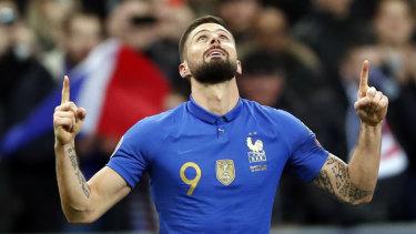 Olivier Giroud celebrates his goal.