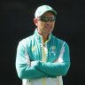 Player discontent a 'wake-up call', says Langer