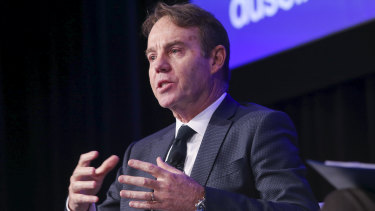 Australian Prudential Regulation Authority's Geoff Summerhayes has slammed health insurers.