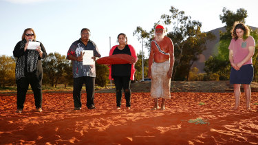 Megan Davis (left) reading the Uluru statement during the closing ceremony  of the First Nations National Convention in 2017.
