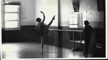 Rachel Broomham, 17, and Joan Halliday at the Joan Halliday School of Dance in Haymarket in 1984.