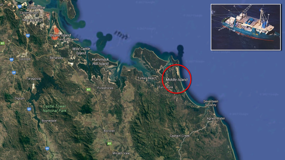 Hopes fade for fishermen missing off Queensland coast