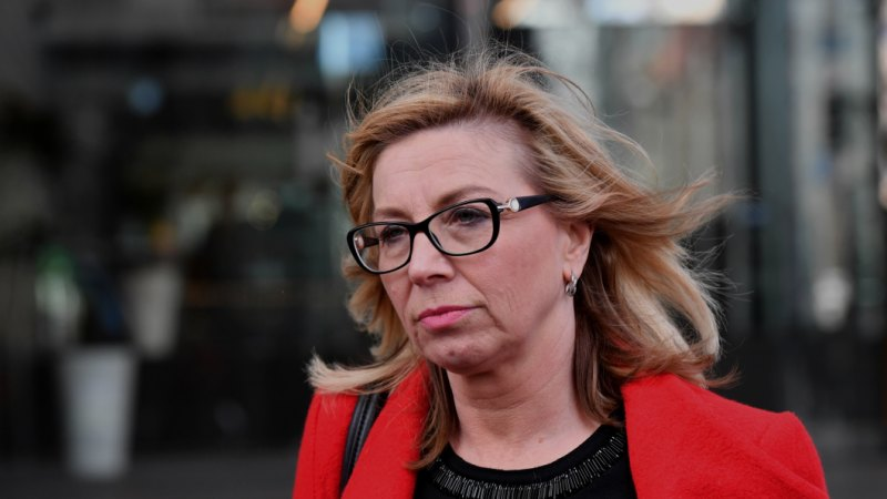 Rosie Batty, lawyers push for family law reform as fresh inquiry looms