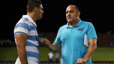 Pablo Matera of the Pumas talks to Argentina coach Mario Ledesma.