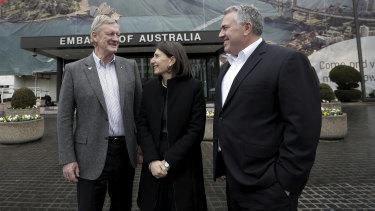 Gladys Berejiklian with Australians ambassador to the US Joe Hockey, right, and Qantas chair Leigh Clifford, left, in Washington DC earlier this year.