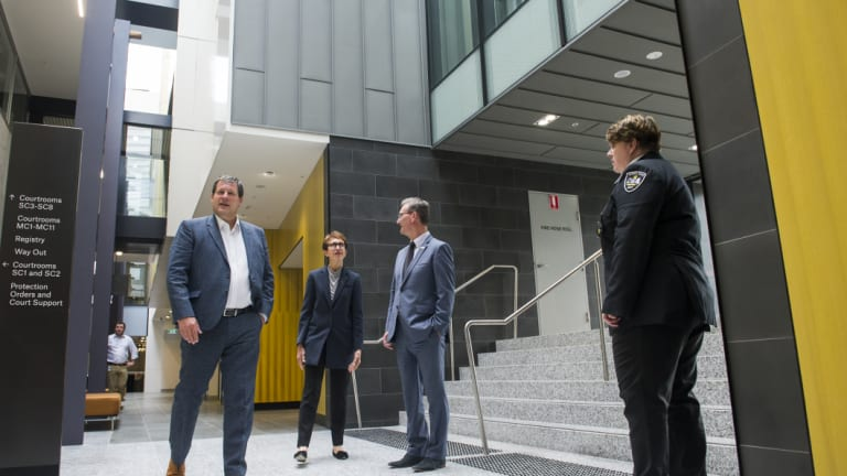 Chief Justice, Helen Murrell and ACT Attorney-General, Gordon Ramsay tour the new Canberra court facilities.