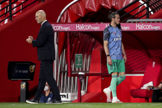 By the end of Gareth Bale's time at Real Madrid he and manager Zinedine Zidane could not manage even a cursory greeting.