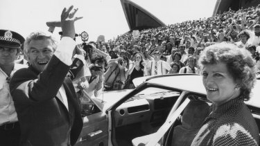 Bob and Hazel Hawke leaving the Opera House in 1983.