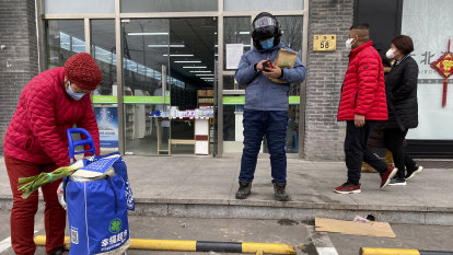 Chinese pharmacy chain boss sentenced to jail for 15 years over fake masks