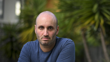 Adam Glezer has banded together with other disgruntled Flight Centre customers to investigate whether to lodge a class action to get their money back.