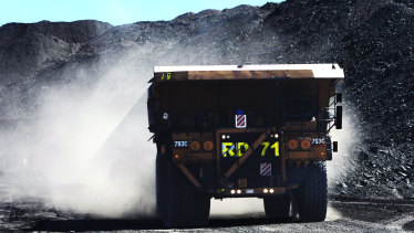 Australian coal carriers stranded in China's ports, unable to unload and the price of Australian coal has plummeted.