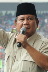 Challenging candidate Prabowo Subianto.