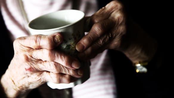 Lendlease breaks ranks over retirement village contracts