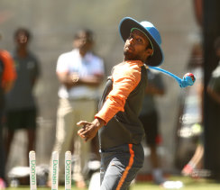 D Raghavendra delivers throwdowns on India's tour of Australia in 2018-19.