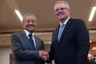 Scott Morrison and Mahathir Mohamed meet on the sidelines of an ASEAN summit in Singapore in 2018.