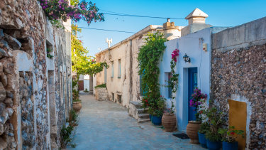 Tourists are deterred from visiting Kythera by tenuous electricity and the occasional earthquake.