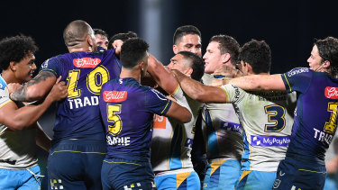 A scuffle breaks out between the Titans and Storm at Sunshine Coast Stadium.