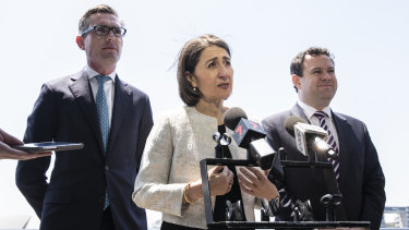 Treasurer Dominic Perrottet, Premier Gladys Berejiklian and Tourism Minister Stuart Ayres announce the softening of lockout laws in Sydney.