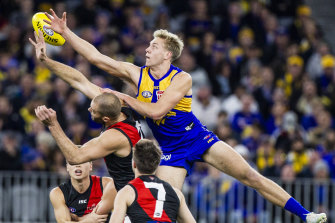 Oscar Allen could potentially miss the Eagles' finals clash with Essendon as ruckman Nic Naitanui eyes a return from injury.