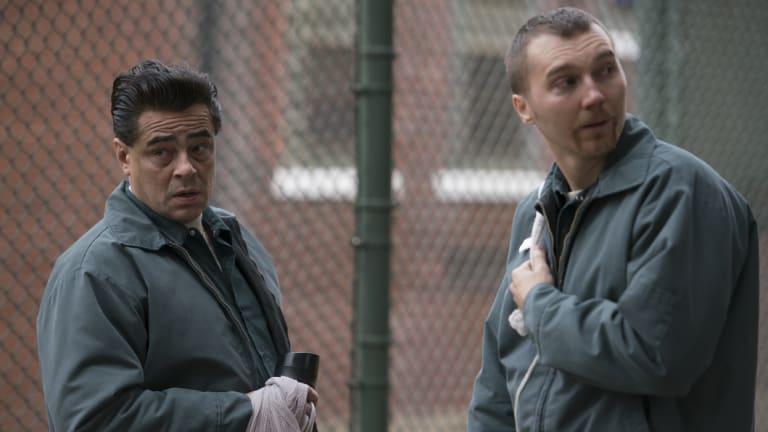 Benicio Del Toro as Richard Matt and Paul Dano as David Sweat in Escape at Dannemora.