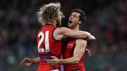 Bombers book finals berth with big win over Dockers