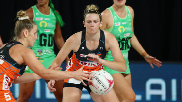 Harten in action during the Giants' two-point victory.