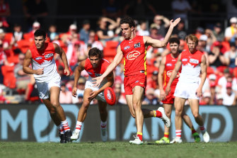 Ben King kicked five goals for the Suns.